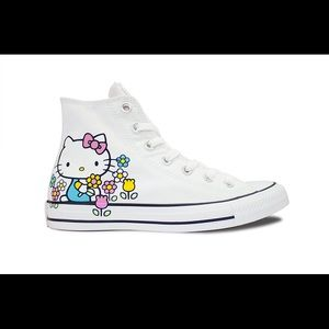 NWOB Chuck Taylor High Top Hello Kitty Converse